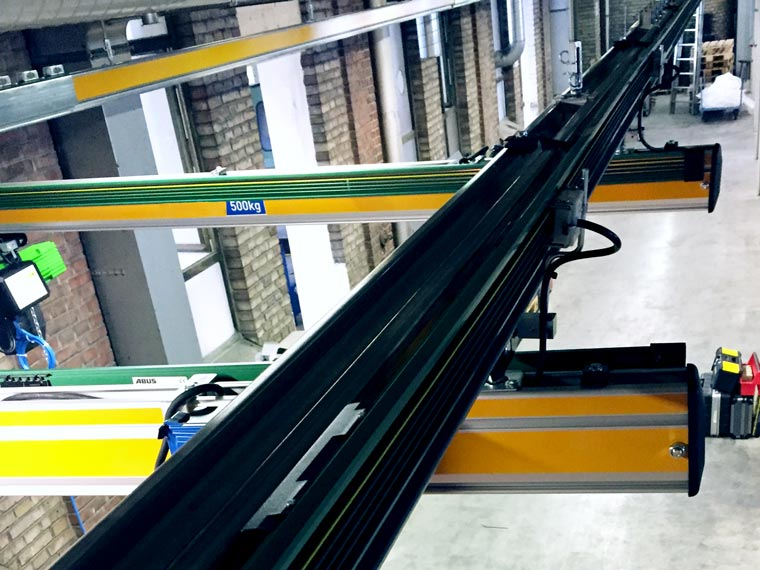Deckenansicht einer Hängekrananlage - A. P. Pfaff GmbH & Co. KG – Augsburg