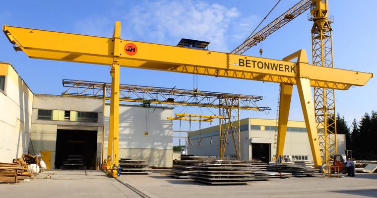 Portalkran für Betonfertigteile - A. P. Pfaff GmbH & Co. KG – Augsburg